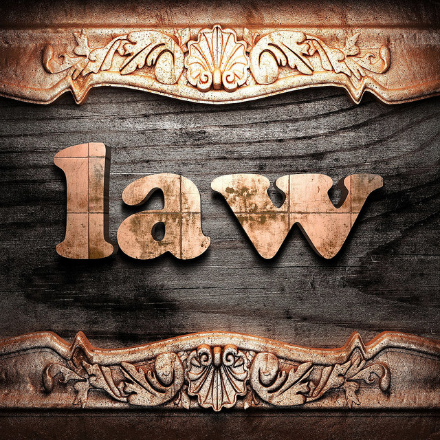 How to Select the Right Personal Injury Law Firm?